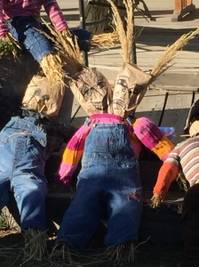 We were the creators of the two headed scarecrow! We won the contest!